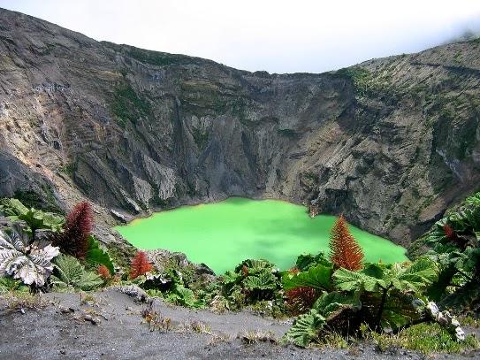 Lago del Volcán Irazú